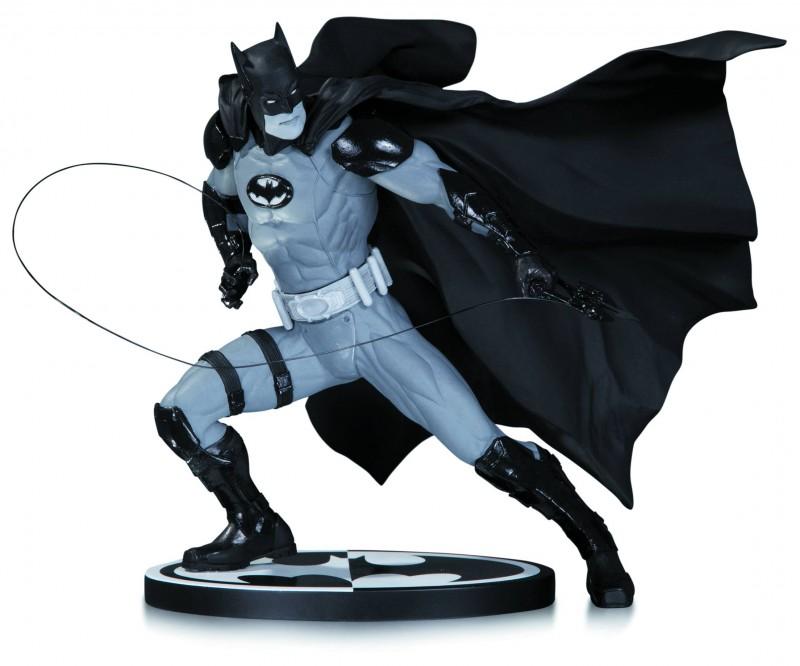 DC Statue Batman B&W  by Ivan Reis
